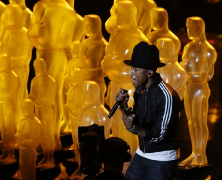 pharrell-and-his-hat-at-the-2014-oscars